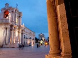 Syracuse et la nécropole rocheuse de Pantalica